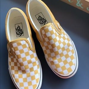 YELLOW CHECKERED VANS BRAND NEW